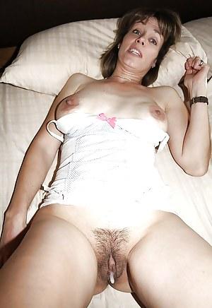 Free Moms Creampie Porn Pictures